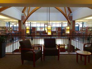 SMUS 図書館